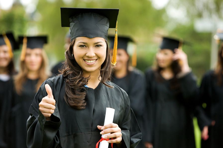 Bachelor Degree in Business Online Improve Employment Prospects with Formal Training in Business